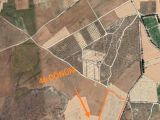 Mağusa- Köpülü-Kukla köyünde 46 Dönüm \'tarım\' veya \'yatırımlık\' olarak değerlendirilebilecek ara
