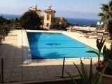 Lapta da 3+1eşyasız ortak kullanım yüzme havuzlu dağ ve deniz manzaralı apartman dairesi. 0533887783