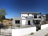 Girne Alsancak Bölgesinde 650 m2 Arsa İçerisinde Muhteşem Konumda Satılık 3+1 Villa