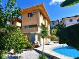 Girne Sahbinden satilik 6+2 Manzarali triplex Villa