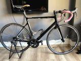 Full carbon yol bisikleti