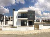 Hamitköy Bölgesinde 250 m2 3+1 Tek Müstakil Geniş Bahçeli Satılık Villa