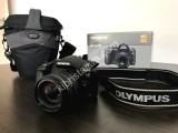 Olympus E-520 DSLR Camera + With 14-42mm Lens + Case Bag